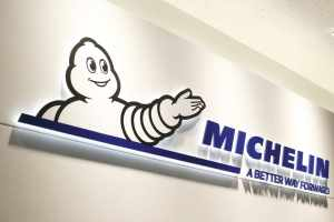 - MICHELIN_MXV3-A_17