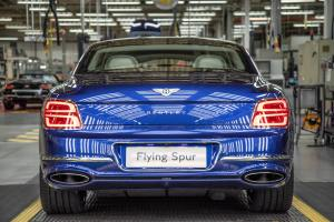 - Bentley_Flying_Spur_Production_10182-min