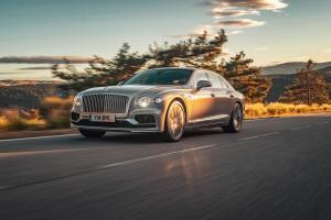 - Bentley_Flying_Spur_Production_10187-min