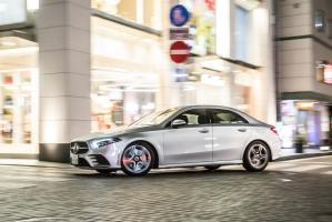 - Mercedes-Benz_A250_4MATIC_Sedan_101765-min