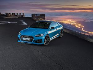 - Audi_RS_5_coupe_sportback_update_121268-min