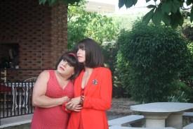 Loles (Jose Cobrana) y Carmen (María Salama) muy dramáticas.