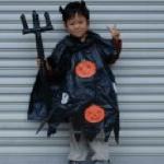 男の子のハロウィン仮装(ローブにかぼちゃ)