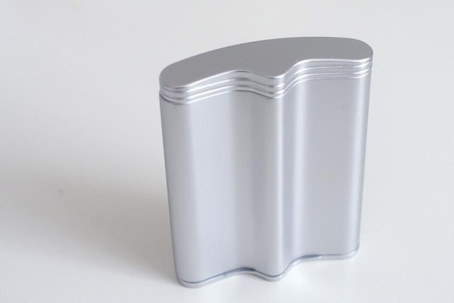 ウインドミルの携帯灰皿、ハニカム3(外観)