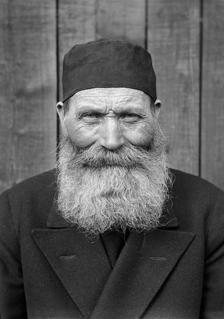 Farmer Ollas Per Persson, rođen 1866. godine, snimljeno u Almu, Dalecarlia, Švedska, 1935. godine.