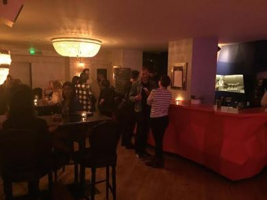 Le bar tapas, très chill, avec possibilité de DJ sets