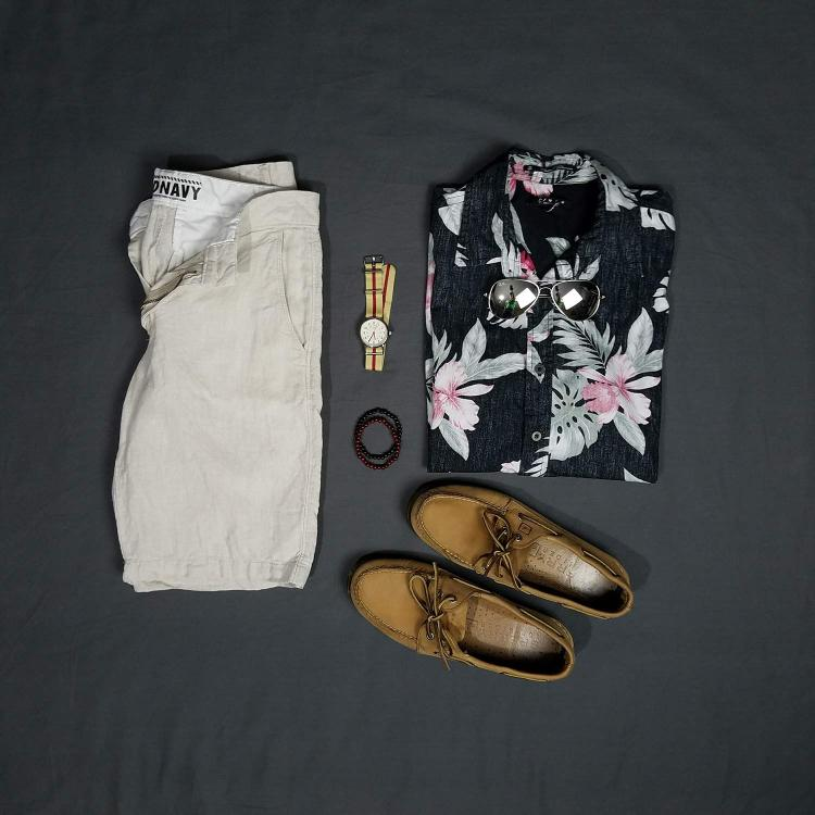 Sand And Summers Flatlay | GENTLEMAN WITHIN