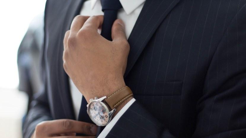 Great suit that lacks a pocket square