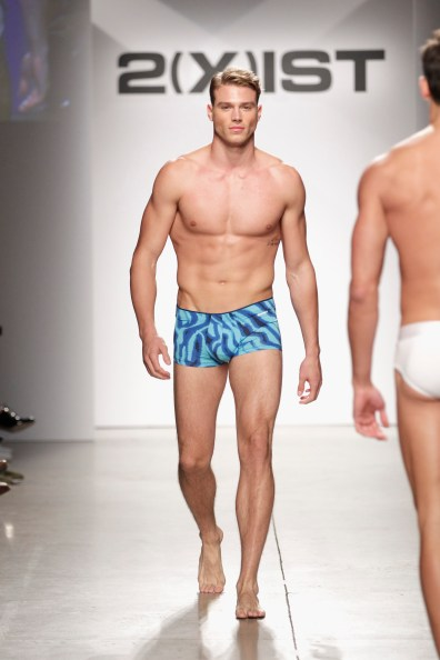 2(X)IST Men's Spring/Summer 2015 Runway Show