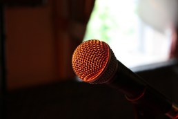 Finding Confidence in Front of the Crowd: How to Overcome Your Fear of Public Speaking