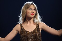 Why We're All A Little Bit Like Taylor Swift