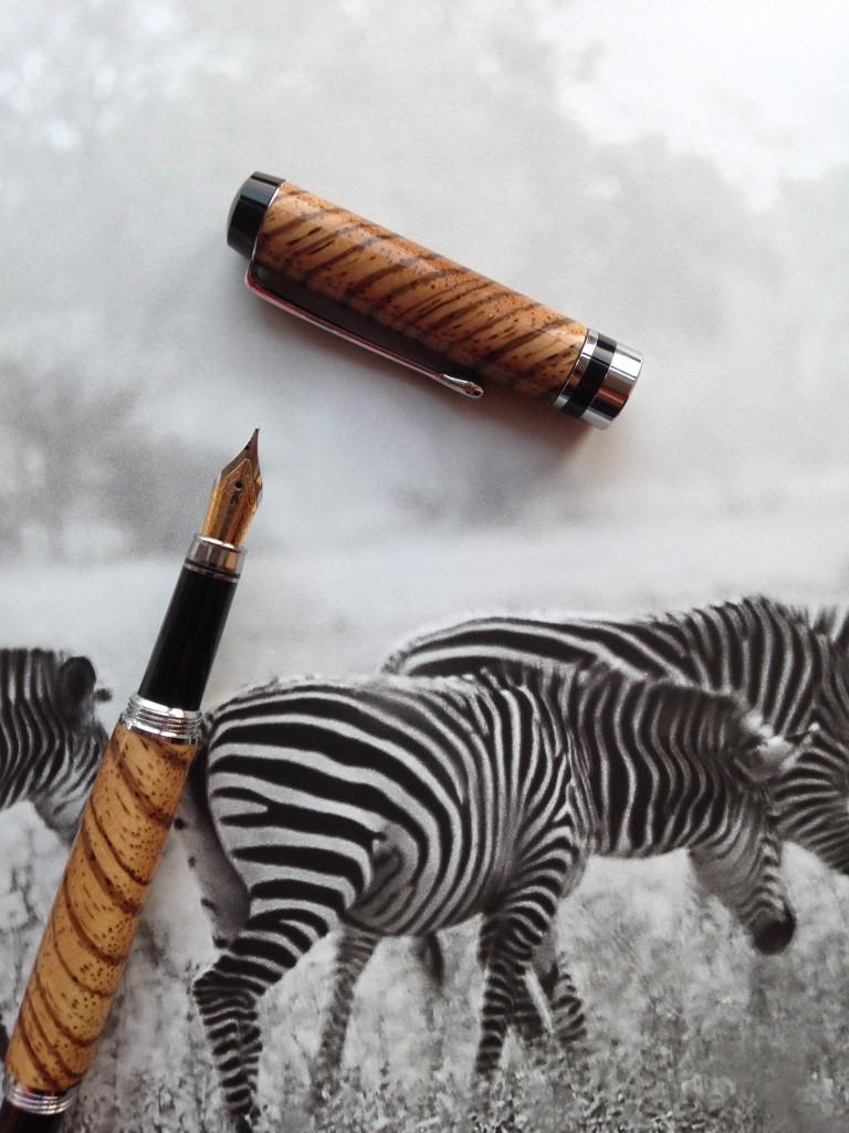 pencraft classic pen zebra wood genussgeeks