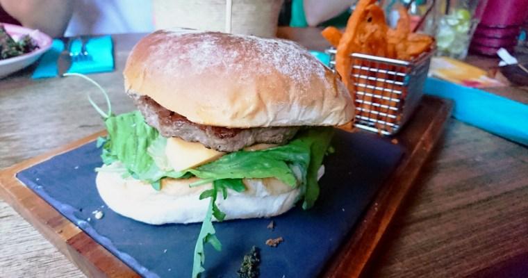 Im Enchilada gibts auch Burger!? Ich habs probiert