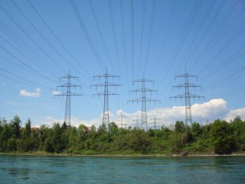 Strom über dem Strom