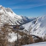 Blick zurück auf La Fouly vom Aufstieg zur La Dotse