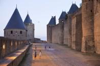 caminando_por_las_murallas_de_carcassonne_4878_570x