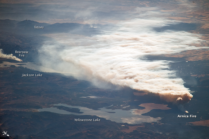 Oblique View of the Arnica Fire, Yellowstone National Park, Wyoming --- 10/12/2009 --- http://earthobservatory.nasa.gov/IOTD/view.php?id=40681