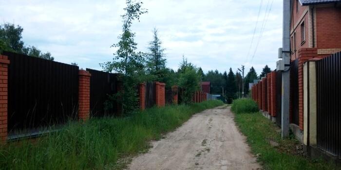 Кадастровый инженер от компании Геодезия-Кадастр в деревне Клёновка