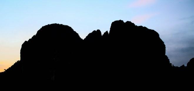 laos-vang-vieng-sunset