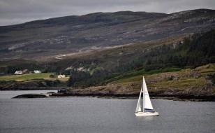Sailing through the narrows of Raasay