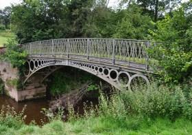 The bridge over Borle Brook