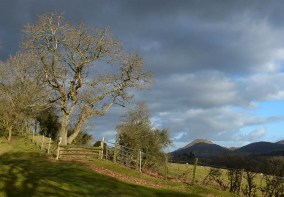 Look back at Caer Caradoc