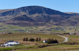 Staffin - view to Quiraing
