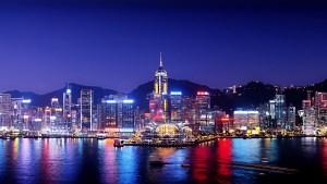 Skyline nocturne de Hong Kong