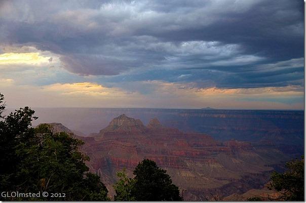 02er Stormy sky over temples NR GRCA NP AZ (1024x678)