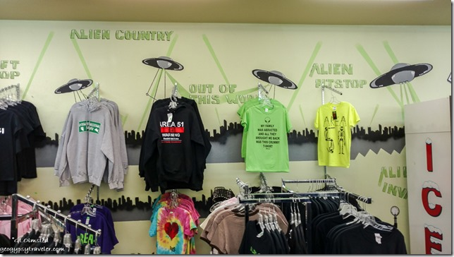 T-shirts Alien Center Area 51 Lathrop Nevada