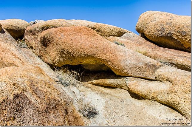 boulders Alabama Hills Lone Pine California
