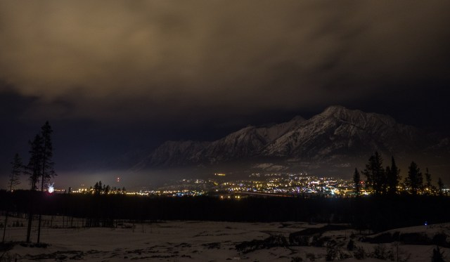 Canmore-family-fireworks