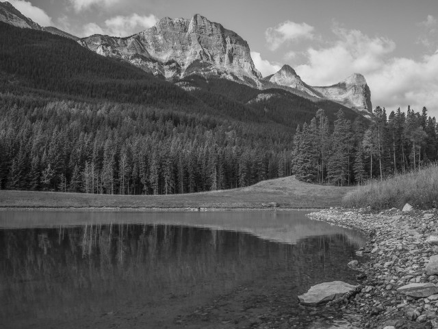 Canmore-Black-and-White