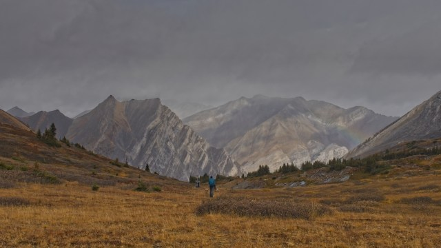 woman hiking in Aylmer Pass