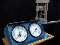 Point Load Tester