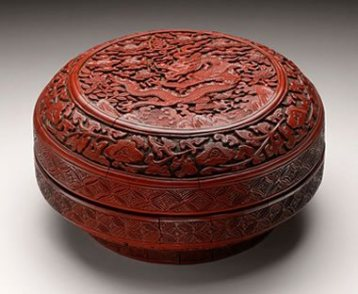 Chinese red (cinnabar) lacquer box