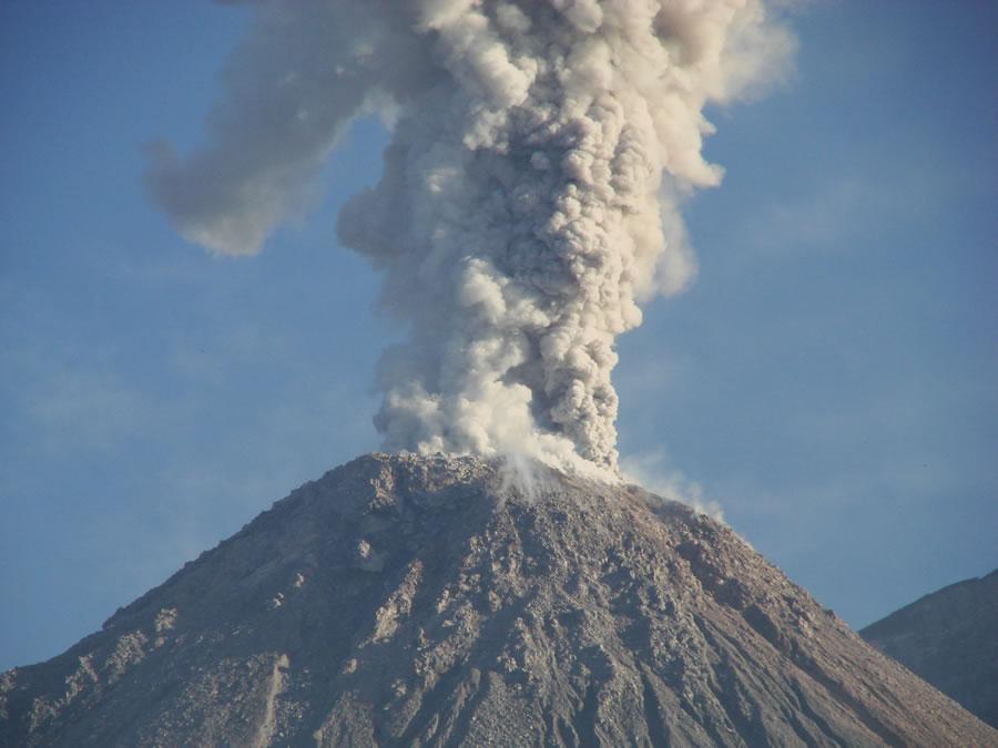 """Képtalálat a következőre: """"volcano eruptions"""""""