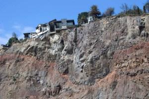 Earthquake cliff edge NZ