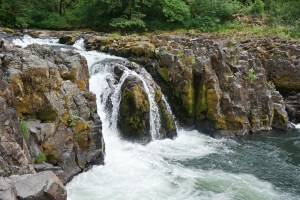 Wildwood Falls and basalt, Oregon