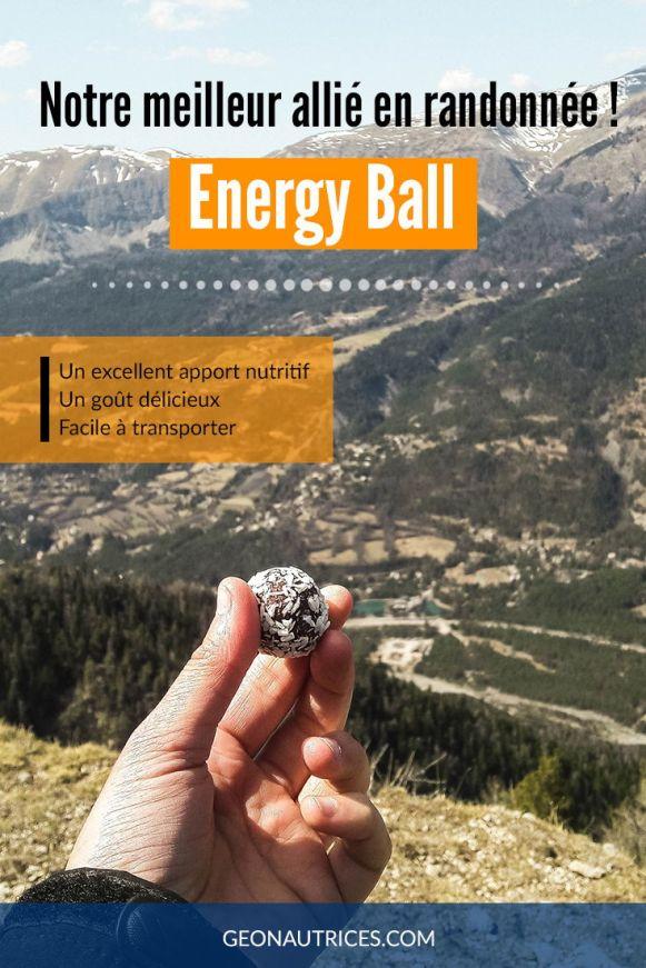 Notre meilleur allié en randonnée : les Energy Balls ! Ce sont des boules énergétiques idéales pour toutes les activités sportives. Elles répondent parfaitement aux besoins du corps pendant l'effort. Nous les adorons pour nos sorties randonnée. On vous en dit plus sur leurs bénéfices dans notre article ! #energyball #nutrition #sport