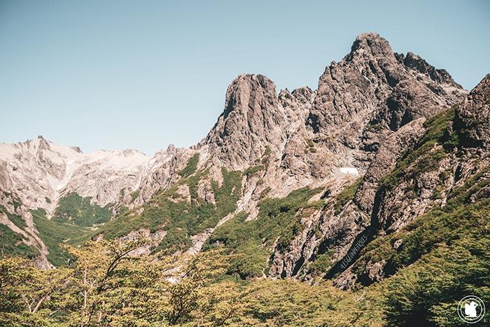 Vue sur les montagnes en montant vers la Laguna Negra