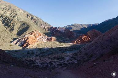 Magnifique vue sur les formations rocheuses de Purmamarca