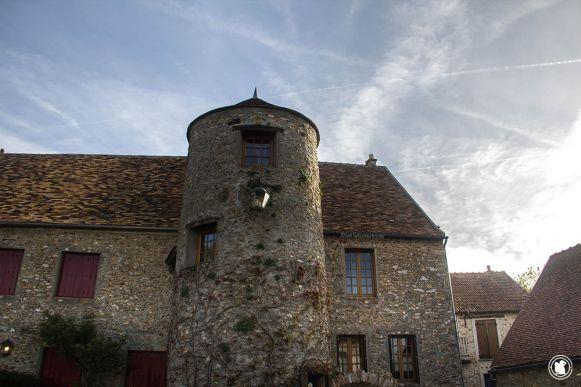 """Chambre d'hôtes """"La tour aux papillons"""""""