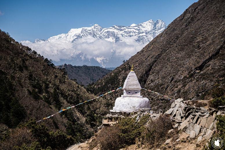 Trek des 3 cols - Stupa sur le sentier