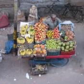 Fruit and veg vendor, Paharganj