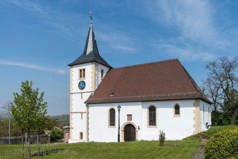 Evangelische Kirche Hillesheim - Bild Nr. 201605010071