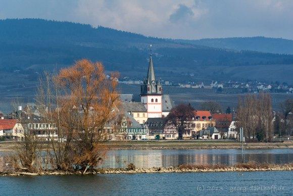 201303310244 - Oestrich im Rheingau