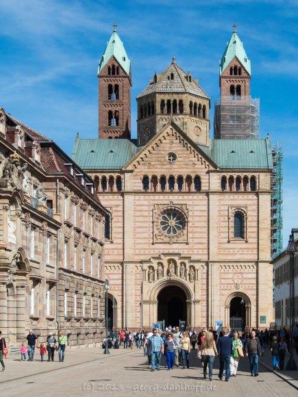 Westportal des Domes zu Speyer - Bild Nr. 201304140397