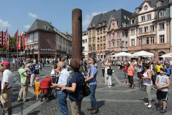 Auf dem Markplatz - Bild Nr. 201307171719