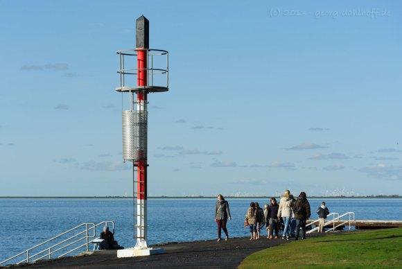 Seezeichen in der Husumer Bucht - Bild Nr. 201310182055